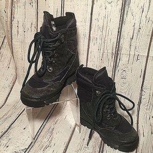 LL Bean black and navy  Boots Youth / boy sz 10 M